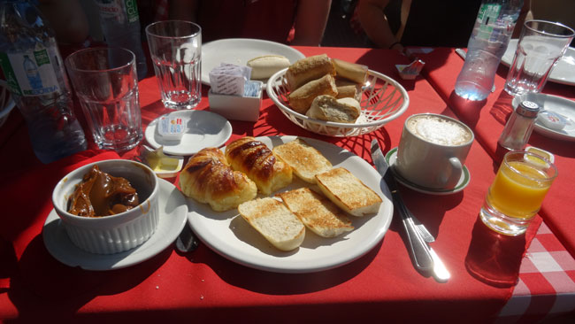 Quick Lunch at Cantina Italiana