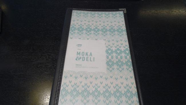 Airport Breakfast in Moka & Deli