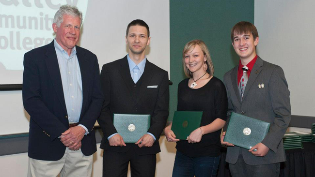 Kenneth M. Barber Award for Excellence in Experimental Physics